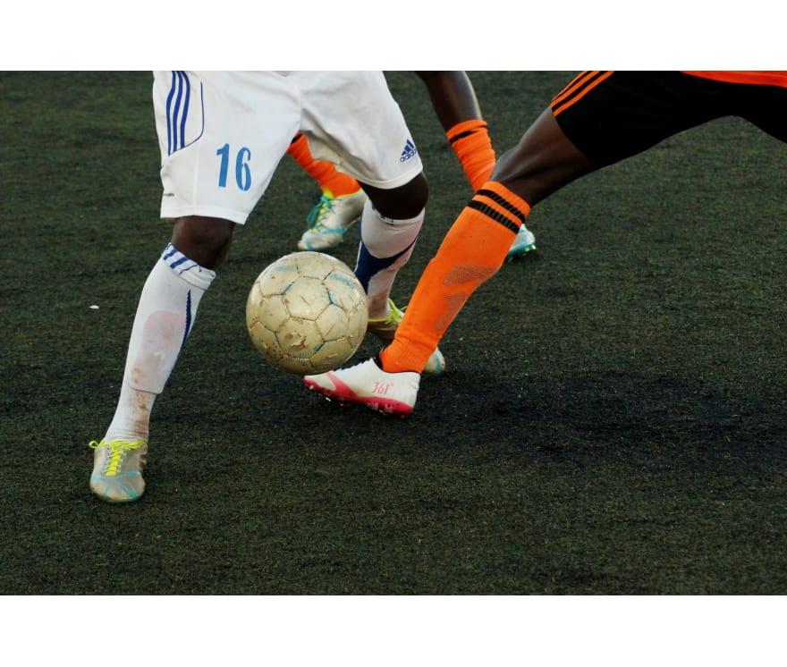 Spēlēt Futbola derības Tiešsaistes -Top 24 Lielākie Laimesti Mobilais kazinos 2021