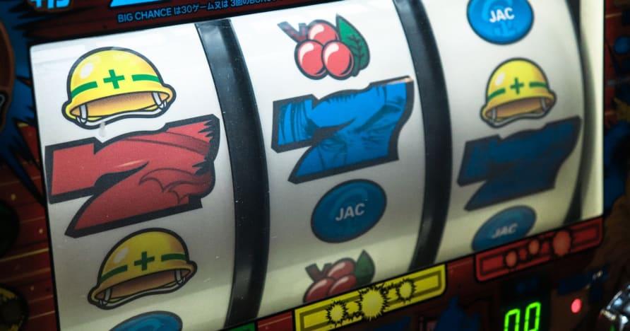 Kā spēlēt uz spēļu automātiem