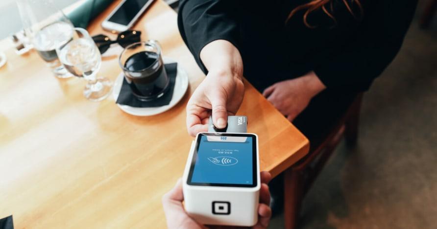 Mobilo Maksājumu tehnoloģiju un priekšrocības Mobilie maksājumi