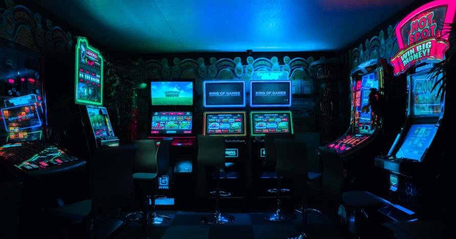 Pilnīgi jaunas Microgaming Jackpot Games 2021